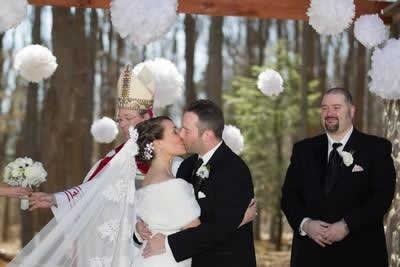 Stroudsmoor Country Inn - Stroudsburg - Poconos - Real Weddings - Bride And Groom First Kisses