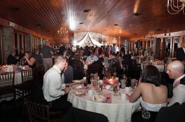 Stroudsmoor Country Inn - Stroudsburg - Poconos - Real Weddings - Guests Celebrating