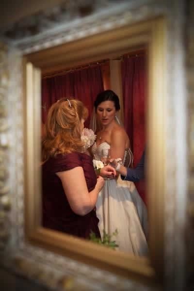 Stroudsmoor Country Inn - Stroudsburg - Poconos - Real Weddings - Bride Preparing For Wedding