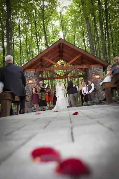 Stroudsmoor Country Inn - Stroudsburg - Poconos - Real Weddings - Bride And Groom Getting Ready For Outdoor Ceremony