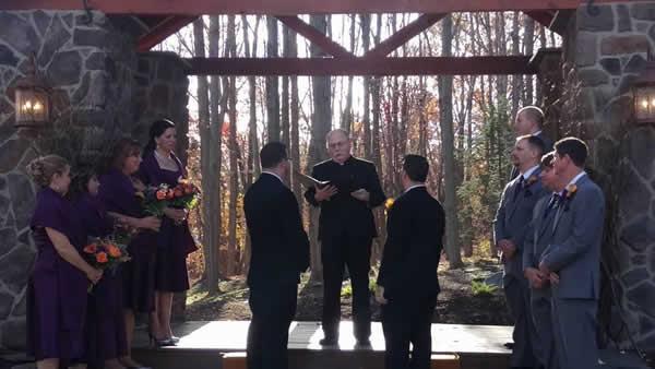 Stroudsmoor Country Inn - Stroudsburg - Poconos - Real Weddings - Couple Reciting Vows