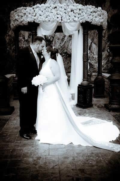 Stroudsmoor Country Inn - Stroudsburg - Pocono- Real Weddings - Bride And Groom Kissing