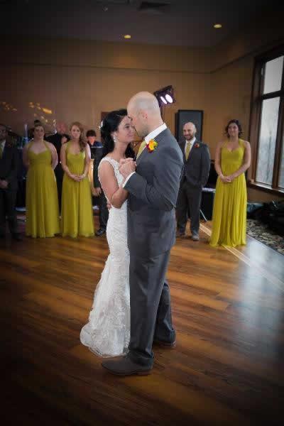 Stroudsmoor Country Inn - Stroudsburg - Poconos - Real Weddings - Newlyweds First Dance