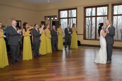 Stroudsmoor Country Inn - Stroudsburg - Poconos - Real Weddings - First Dance