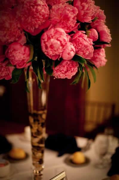 Stroudsmoor Country Inn - Stroudsburg - Poconos - Real Weddings - Tall Vase With Flowers