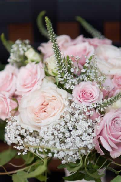 Stroudsmoor Country Inn - Stroudsburg - Poconos - Real Weddings - Floral Centerpiece