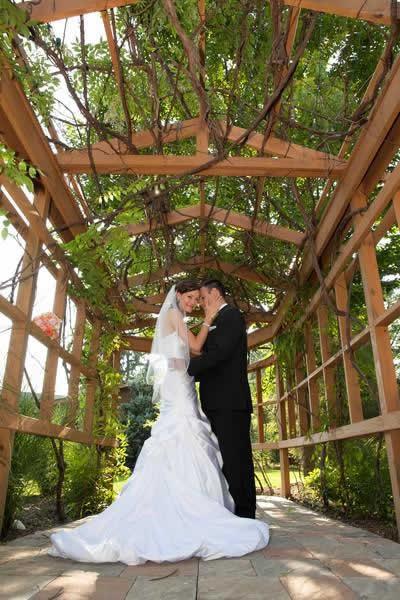 Stroudsmoor Country Inn - Stroudsburg - Poconos - Real Weddings - Wedding Couple