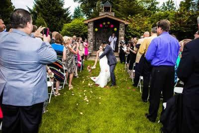 Stroudsmoor Country Inn - Stroudsburg - Poconos - Real Weddings - Several First Kisses