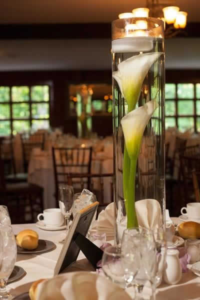 Stroudsmoor Country Inn - Stroudsburg - Poconos - Real Weddings - Table Setting With Tall Centerpiece