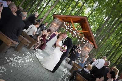 Stroudsmoor Country Inn - Stroudsburg - Poconos - Real Weddings - Bride And Grooms First Kiss