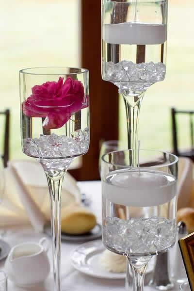 Stroudsmoor Country Inn - Stroudsburg - Poconos - Real Weddings - Floating Candles With Flower