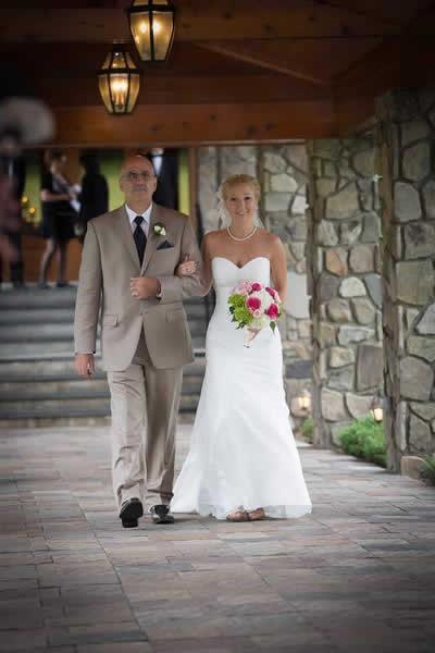 Stroudsmoor Country Inn - Stroudsburg - Poconos - Real Weddings - Bride With Dad