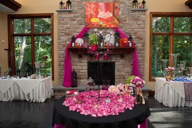 Stroudsmoor Country Inn - Stroudsburg - Poconos - Classic Wedding Celebrations - Fireplace