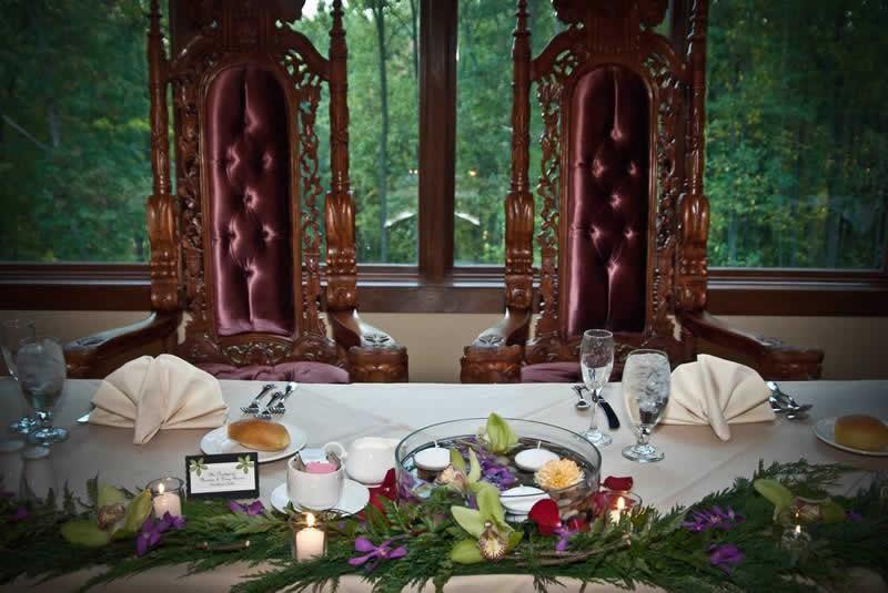 Stroudsmoor Country Inn - Stroudsburg - Poconos - Classic Wedding Celebrations - Bride And Groom Table