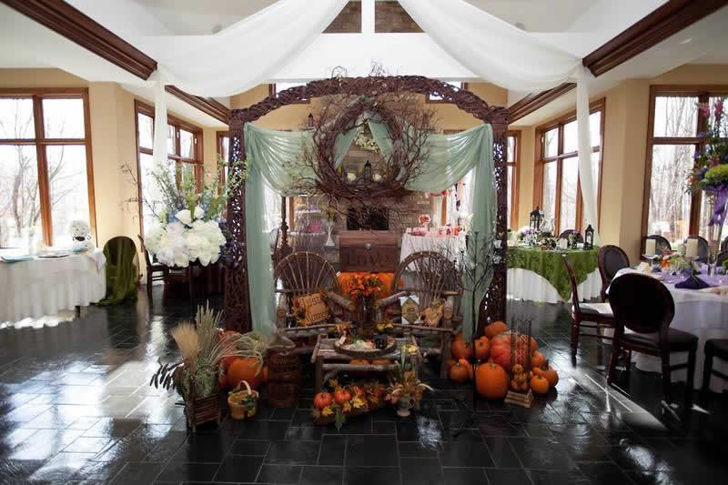 Stroudsmoor Country Inn - Stroudsburg - Poconos - Classic Wedding Celebrations - Fall Decor