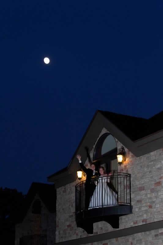Stroudsmoor Country Inn - Stroudsburg - Poconos - Classic Wedding Celebrations - Bride And Groom On Balcony