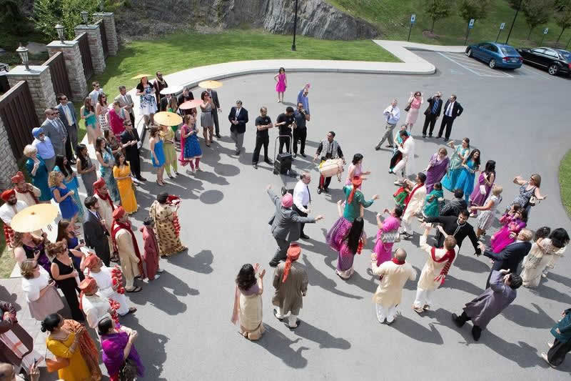 Stroudsmoor Country Inn - Stroudsburg - Poconos - Indian Wedding - Family And Friends Dancing
