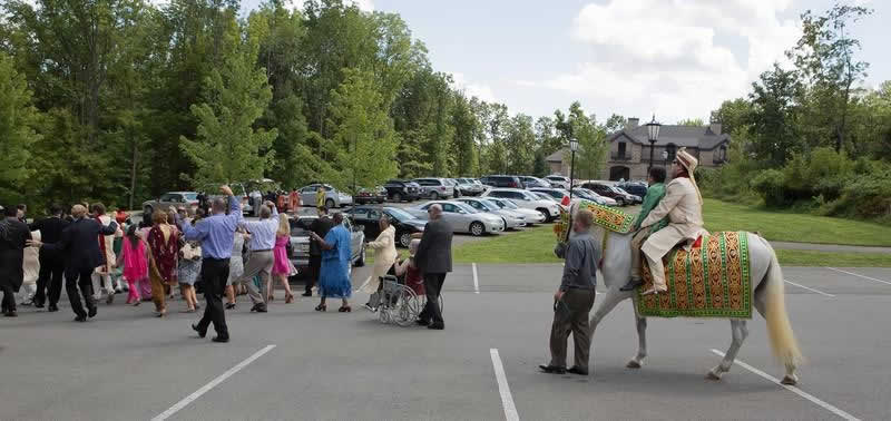 Stroudmoor Country Inn - Indian Wedding - Guests Celebrating In Dance - Poconos