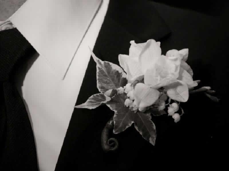 Stroudsmoor Country Inn - Stroudsburg - Poconos - Intimate Wedding - Wedding Corsage