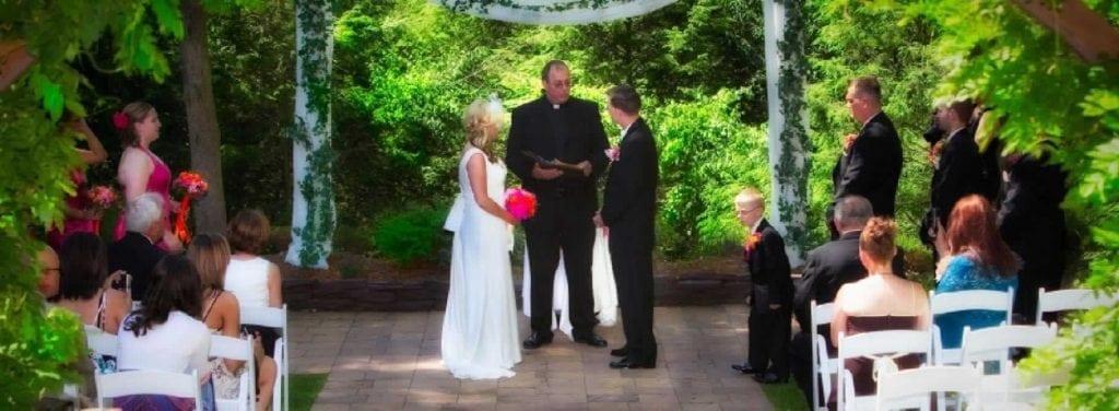 Stroudsmoor Country Inn - Stroudsburg - Poconos - Intimate Wedding - Bride And Groom Under Trellis