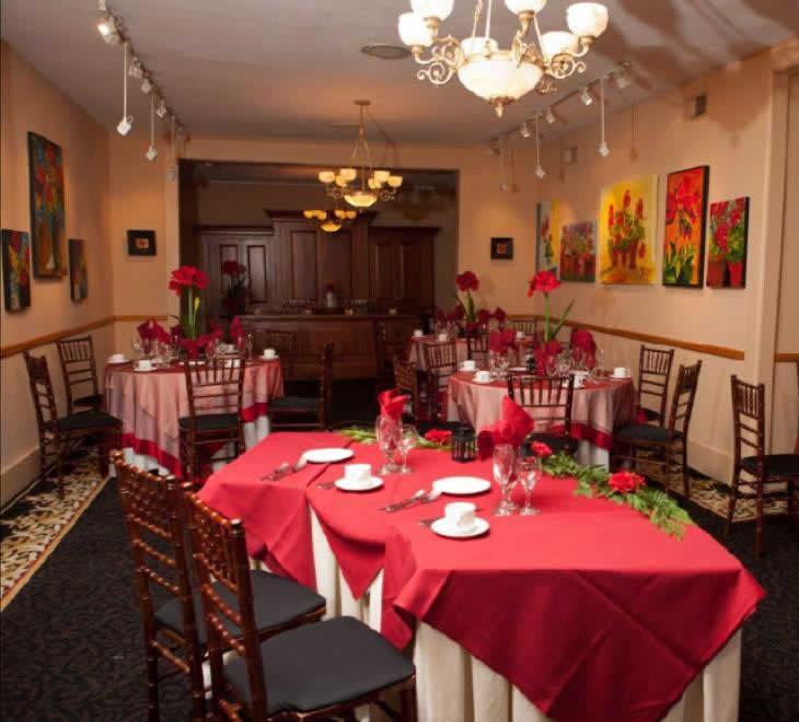 Stroudsmoor Country Inn - Stroudsburg - Poconos - Intimate Wedding - Dessert Table Settings