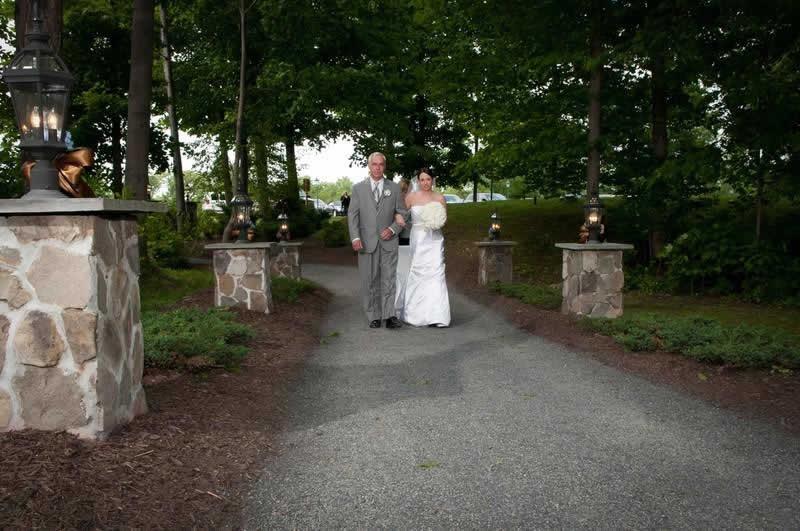 Stroudsmoor Country Inn - Stroudsburg - Poconos - Pocono Mountain Wedding - Bride With Father