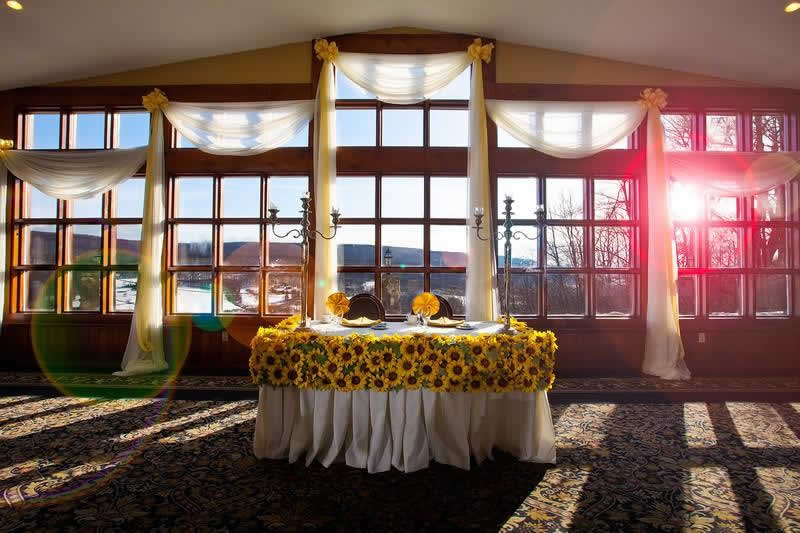 Stroudsmoor Country Inn - Stroudsburg - Poconos - Pocono Mountain Wedding - Sweetheart Table