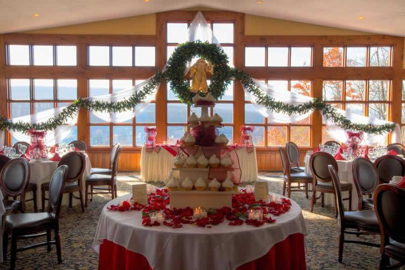 Stroudsmoor Country Inn - Stroudsburg - Poconos - Pocono Mountain Wedding - Table Of Wedding Desserts