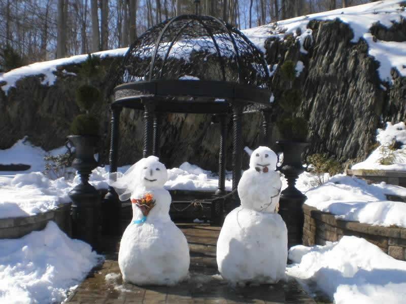 Stroudsmoor Country Inn - Stroudsburg - Poconos - Pocono Winter Wedding - Snowbride And Snowgroom