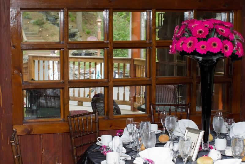Stroudsmoor Country Inn - Stroudsburg - Poconos - Woodlands Outdoor Wedding - Table Setting With Tall Vase And Flowers