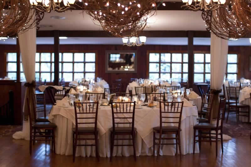 Stroudsmoor Country Inn - Stroudsburg - Poconos - Woodlands Outdoor Wedding - Table Settings