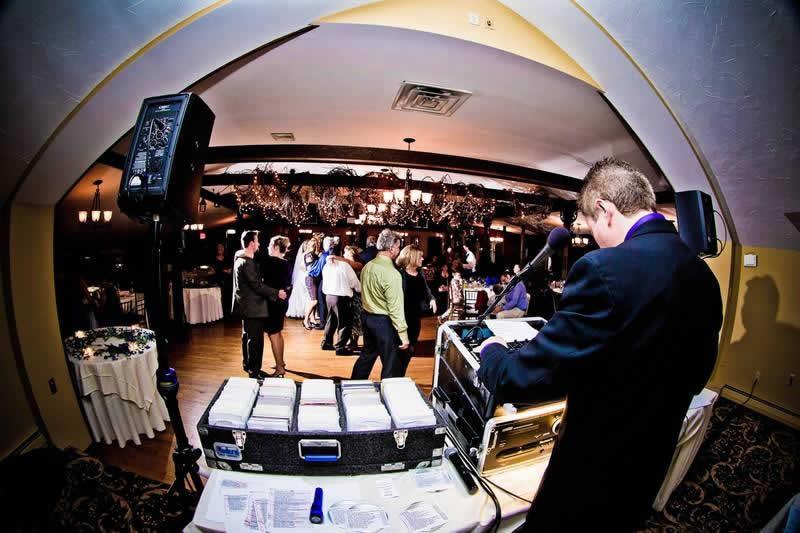 Stroudsmoor Country Inn - Stroudsburg - Poconos - Woodlands Outdoor Wedding - Couples Dancing