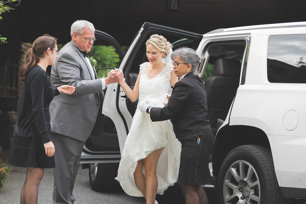 Bride arriving at ceremony