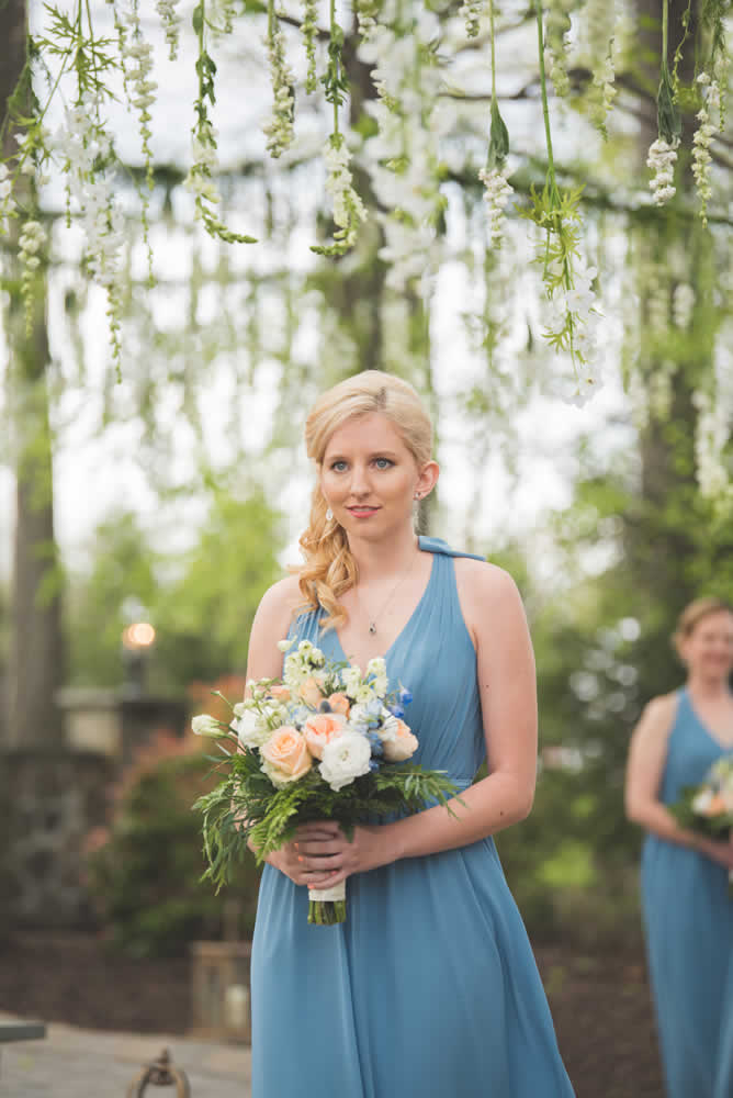 Bride's maid holding flowers
