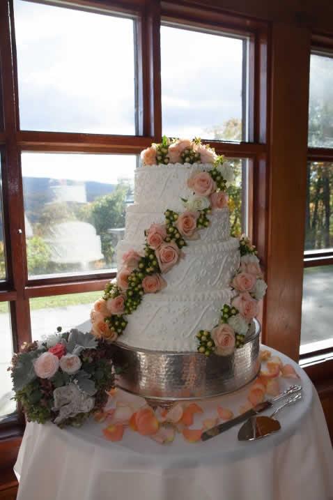 Beautiful wedding cake with flowers