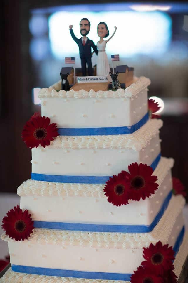 Patriotic wedding cake
