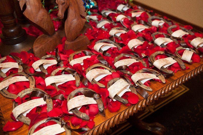Horseshoe wedding gifts