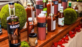 Themed wedding cakes depict bottles of ketchup standing upright